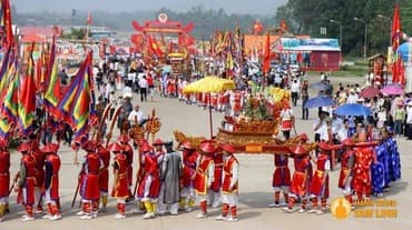 Quyền và nghĩa vụ của người tham gia lễ hội