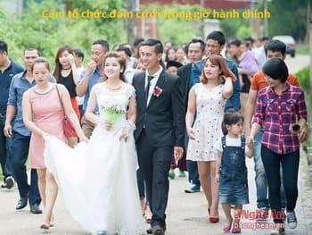 Hôn nhân tự nguyên tiến bộ, một vợ một chồng