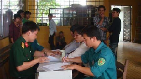 Không chấp hành lệnh khám sức khỏe nghĩa vụ quân sự