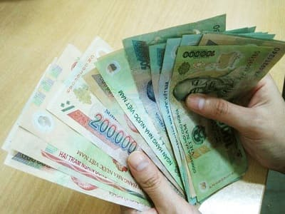 Phạt tiền đến 100 triệu đồng đối với hành vi mua bán ngoại tệ trái phép